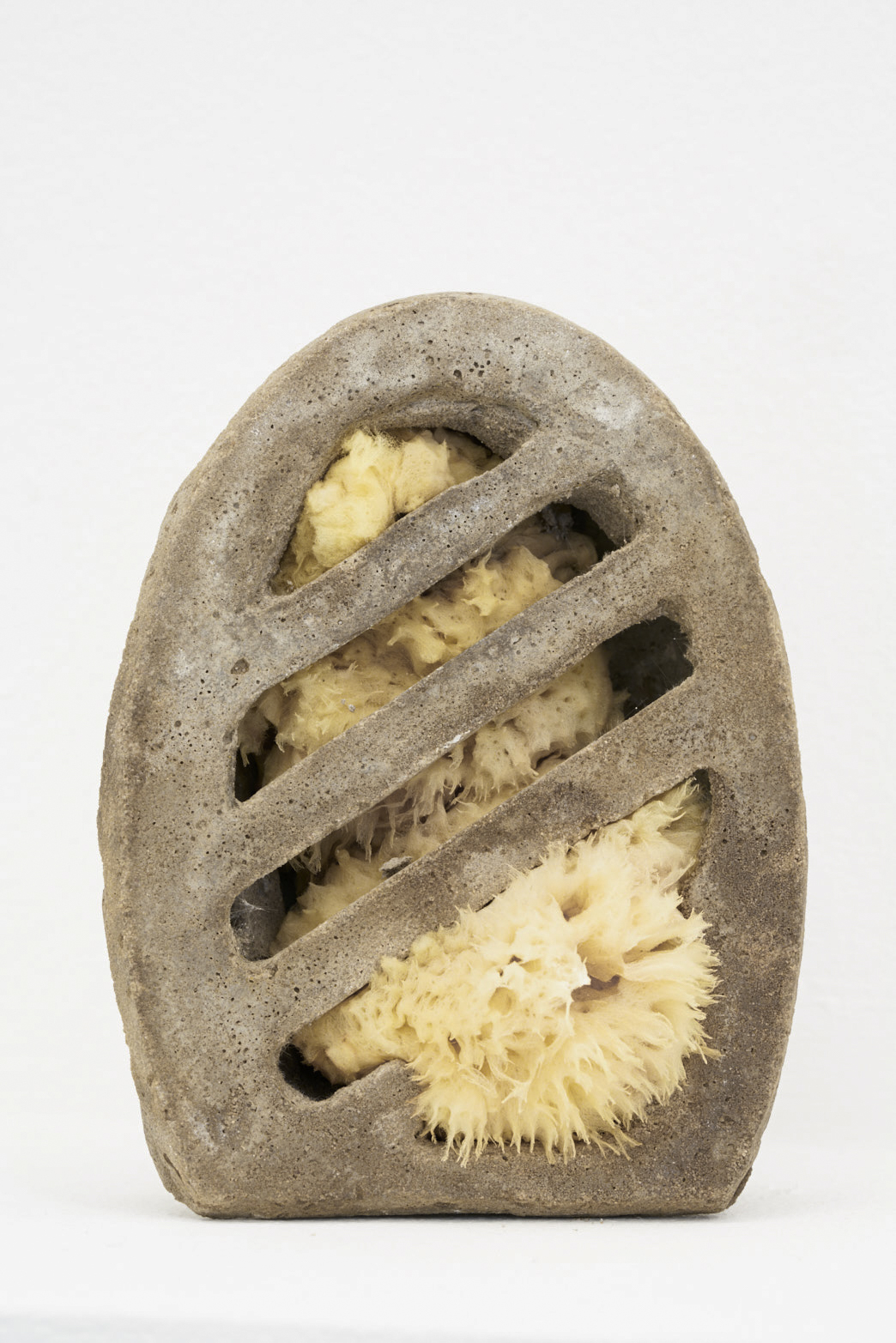 Victoria Adam, Wholemeal breeze (sponge, wine, vinegar), 2018, Cement, sponge, vinegar photo: Original&theCopy