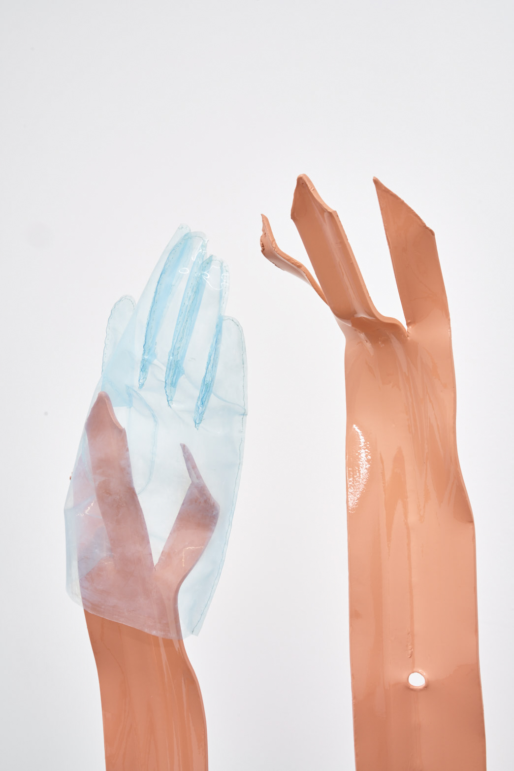 Paloma Proudfoot, Gauntlet, 2018. Anti-vandal fencing, perspex, hand-sewn plastic gloves, glazed stoneware, shower gel, photo: Original&theCopy